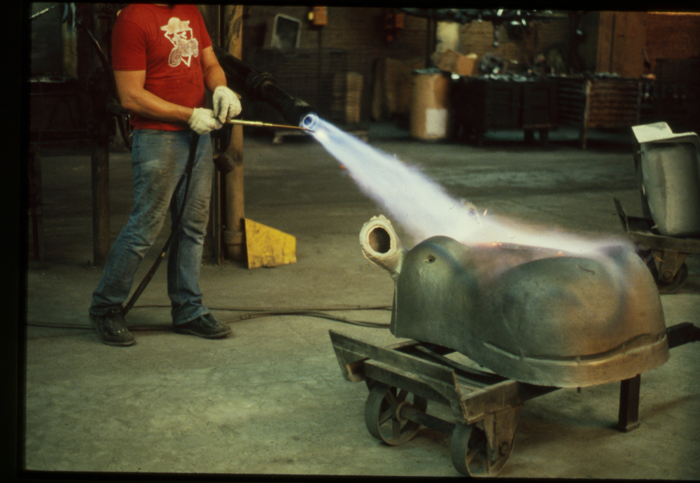 Preheating the Hippo for welding repair, 1988