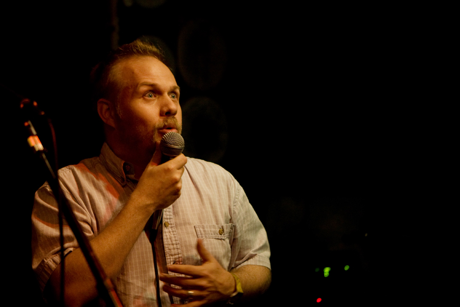 Chris Sauter sings
